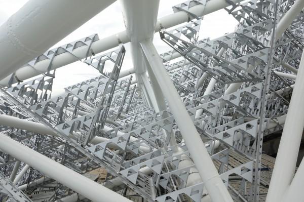 台灣首見!南美館2館「碎形屋頂」 模擬樹葉遮蔭